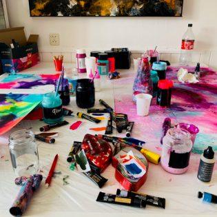 Poppy Koning fluid artist
